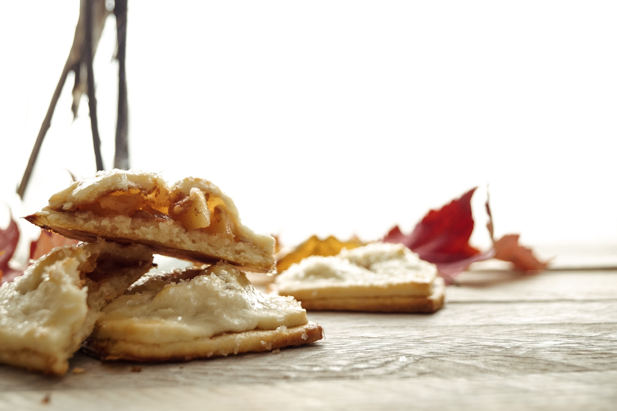Mini apple pies for slow fall mornings by Mandy Tetrault: A messy Bun Kitchen, Apple pie recipes, apple pie filling, desserts for a crowd, thanksgiving desserts, easy apple pie recipe,  flaky pie crust, homemade pie crust, homemade apple pie, desserts for fall, dessert for a crowd, easy dessert recipes, fall dessert recipes,