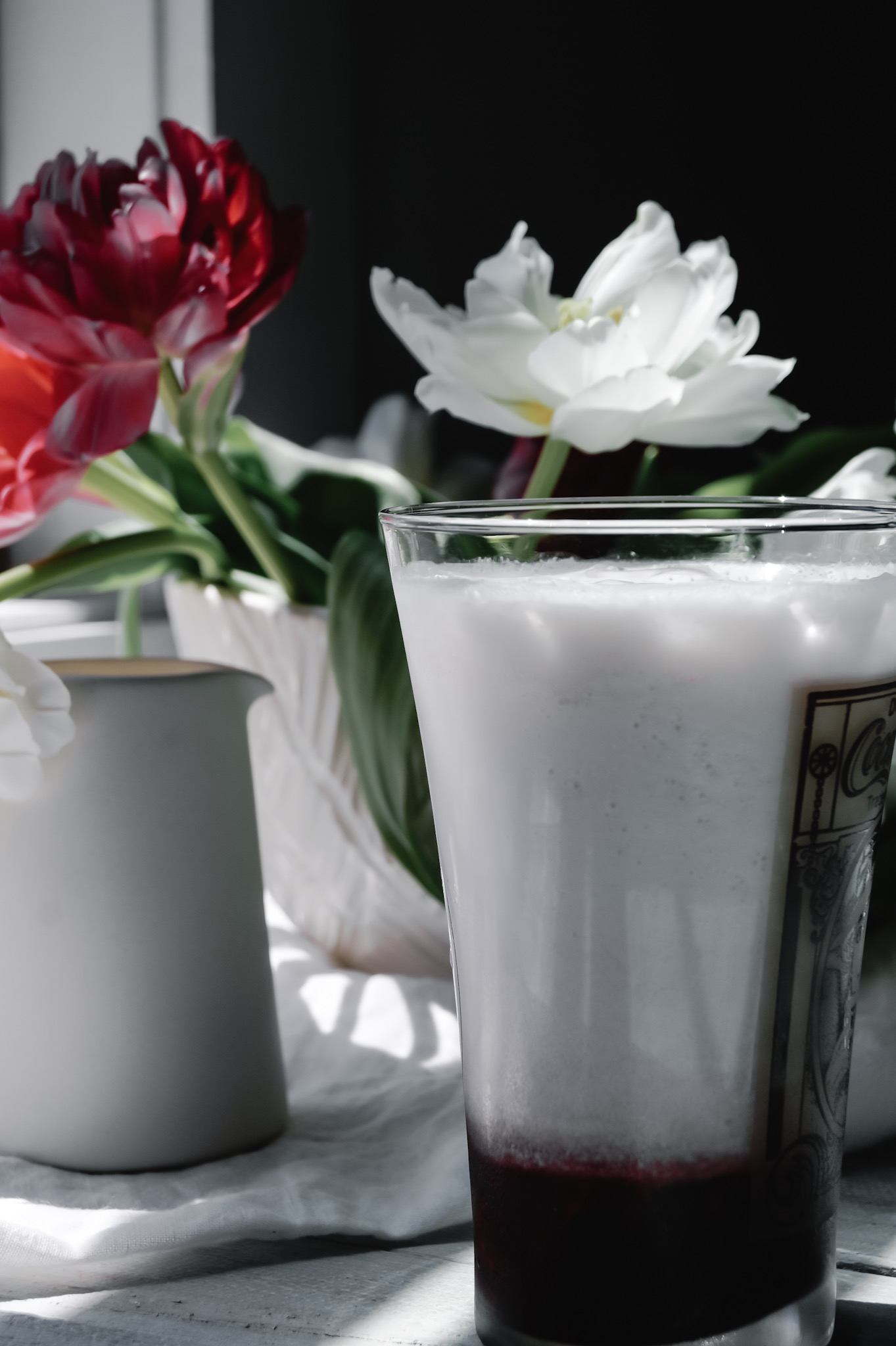 Cream + bubbles = foamy french soda heaven.